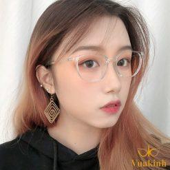 Gọng kính cận nữ màu hồng V310